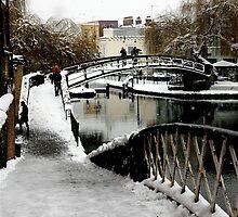 Camden Lock Bridge by Sheila Smith