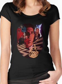 A_TWIN PEAKS_A Women's Fitted Scoop T-Shirt