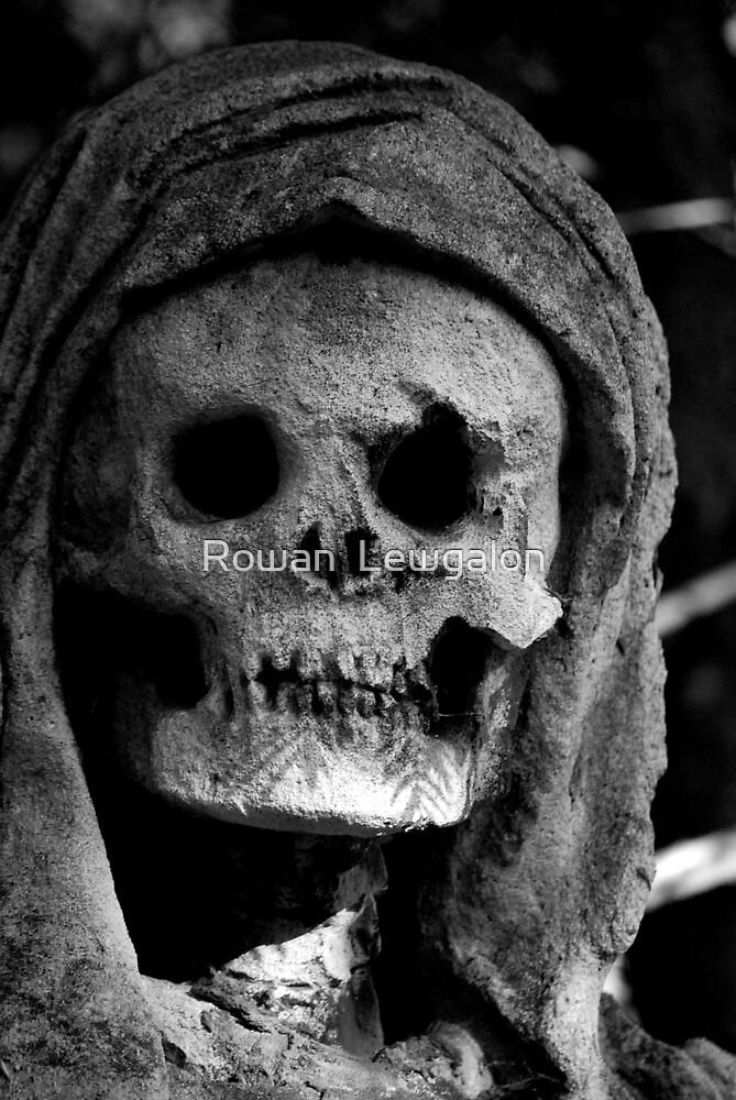 Eternal Smile by Rowan  Lewgalon
