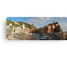 Vernazza - Italy Canvas Print