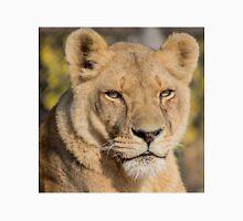 31915 lioness Unisex T-Shirt