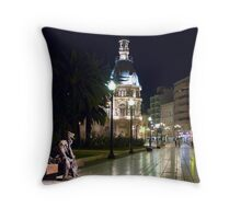 Marinero Throw Pillow
