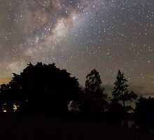 Milky Way over Moogerah by Teale Britstra