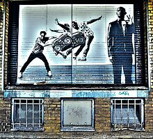 Street art in Rotterdam by Tim Constable