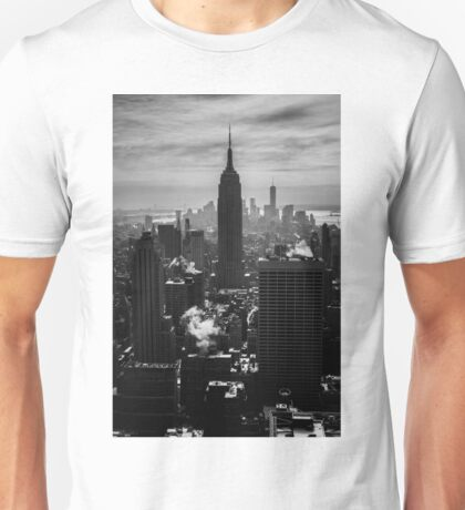 THE EMPIRE STATE BUILDING Unisex T-Shirt