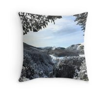 Foyers Gap Throw Pillow
