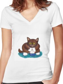 Kitten Finds Ice Cream  Women's Fitted V-Neck T-Shirt