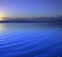 Last light on Goolwa Beach by Des Berwick
