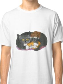 Momma  Cat and her Two Kittens Classic T-Shirt
