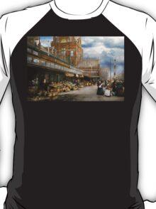 City - Kansas City farmers market - 1906 T-Shirt