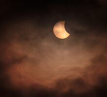 Solar Eclipse 2015 - 09.07am by IanJTurner