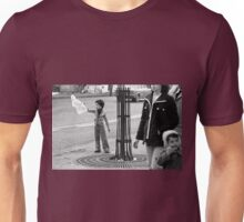 """Collector, On the Way to M.Cartier Bresson """" Careless passers and dangerous game boy !  """" Paris 1975 15 (b&n)(t) by Olao-Olavia par Okaio Création  Unisex T-Shirt"""