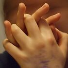Hands by sianteri