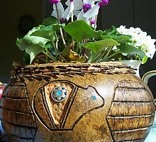 Pine needle and gourd basket by heechasky