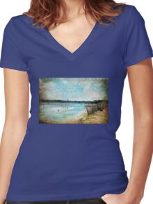 Turquoise Serenity Women's Fitted V-Neck T-Shirt