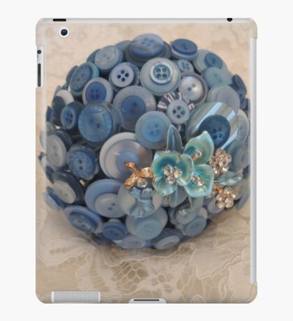 Something Blue: ButtonBelleBridal Bouquet iPad Case/Skin