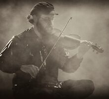 Fiddlin' Up a Fog by Arie Intveld