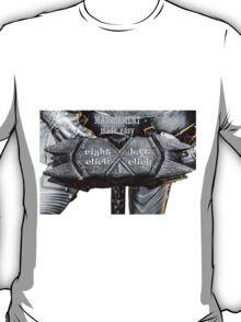 Medieval knight - Management Made Easy T-Shirt
