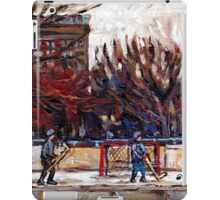 CITY OUTDOOR HOCKEY RINK GAME OF SHIMMY PARC LAFONTAINE MONTREAL HOCKEY SCENES iPad Case/Skin