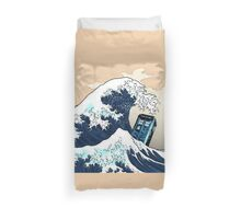Space And Time traveller Box Vs The great wave Duvet Cover