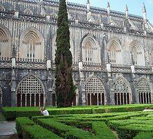 Mosteiro  da Batalha, Claustro Real (Royal Cloister) by presbi