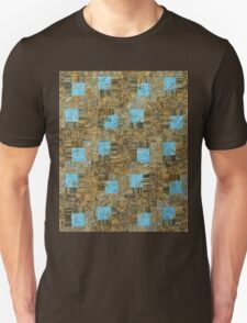 Log Cabin With Turquoise T-Shirt
