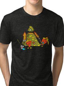 Love conquers all 2 Tri-blend T-Shirt