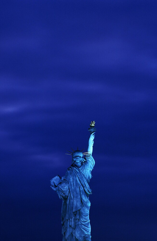 Statue of Liberty, Paris by 64iso