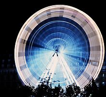 Big wheel, Paris by 64iso