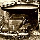 Antique Car by PhOtOgaljan