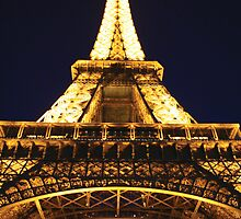 Eiffel Tower, Paris by Remine