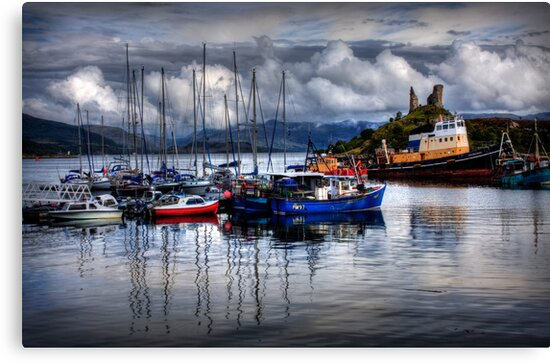 Harbour at Kyleakin, Loch Alsh, Isle of Skye. Scotland. by PhotosEcosse