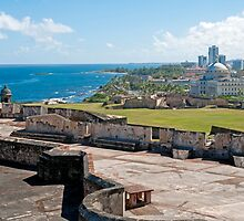 Old San Juan. by FER737NG