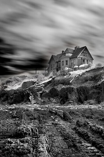 Old House by Robert Kendall