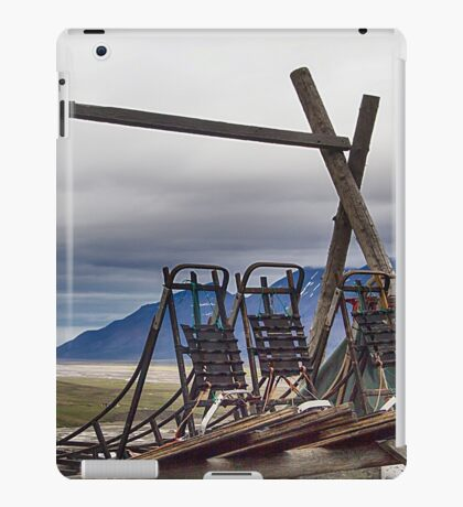 Dogsleds Waiting for Winter iPad Case/Skin