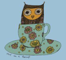 Owl in a teacup Kids Tee