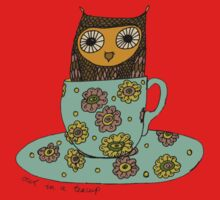 Owl in a teacup Kids Tee