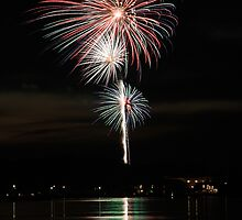 Fireworks in Pentwater Michigan 2008 by deldodds