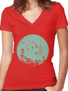 Flying Free 2 sea Large Women's Fitted V-Neck T-Shirt