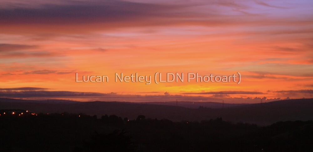 red sky at night (ii)................................. by Lucan  Netley (LDN Photoart)