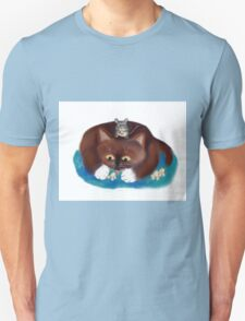 Mouse and Kitten Eat Popcorn T-Shirt