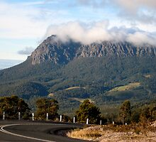 Mount Roland, heading toward Cradle Mountain, Tasmania. by Marilyn Baldey