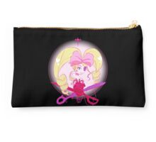 Nui Studio Pouch