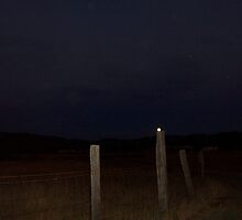 I set the moon on a fence post by heechasky