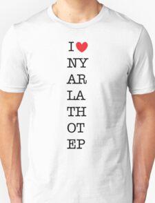 I heart Nyarlathotep Unisex T-Shirt