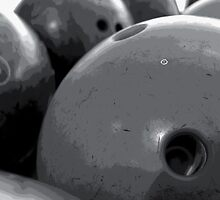 10 Pin b&w by SNAPPYDAVE