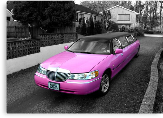 pink limo ... by SNAPPYDAVE