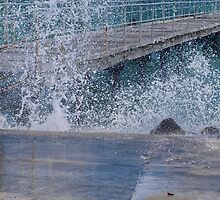 Kwinana Beach Splash by kalaryder