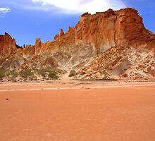 Rainbow Valley by Centralian Images