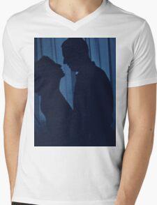 Blue silhouette couple kissing analogue film photograph Mens V-Neck T-Shirt